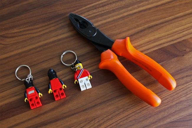 LEGO legoland Ambassador KEYCHAIN minifigure key chain