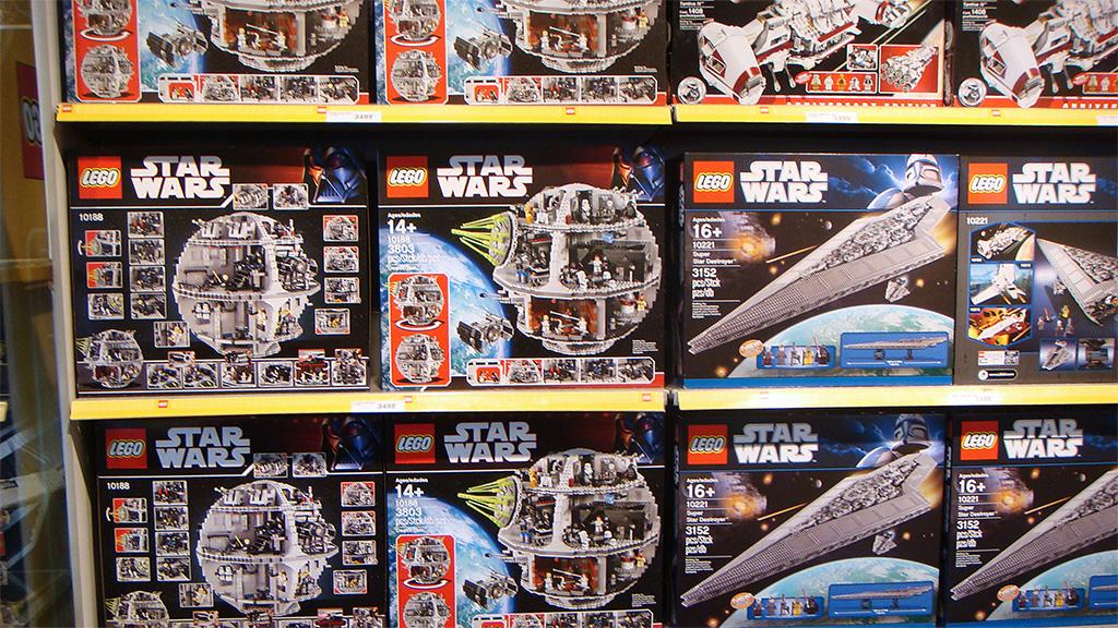 LEGO Shop Billund | Quest for Bricks