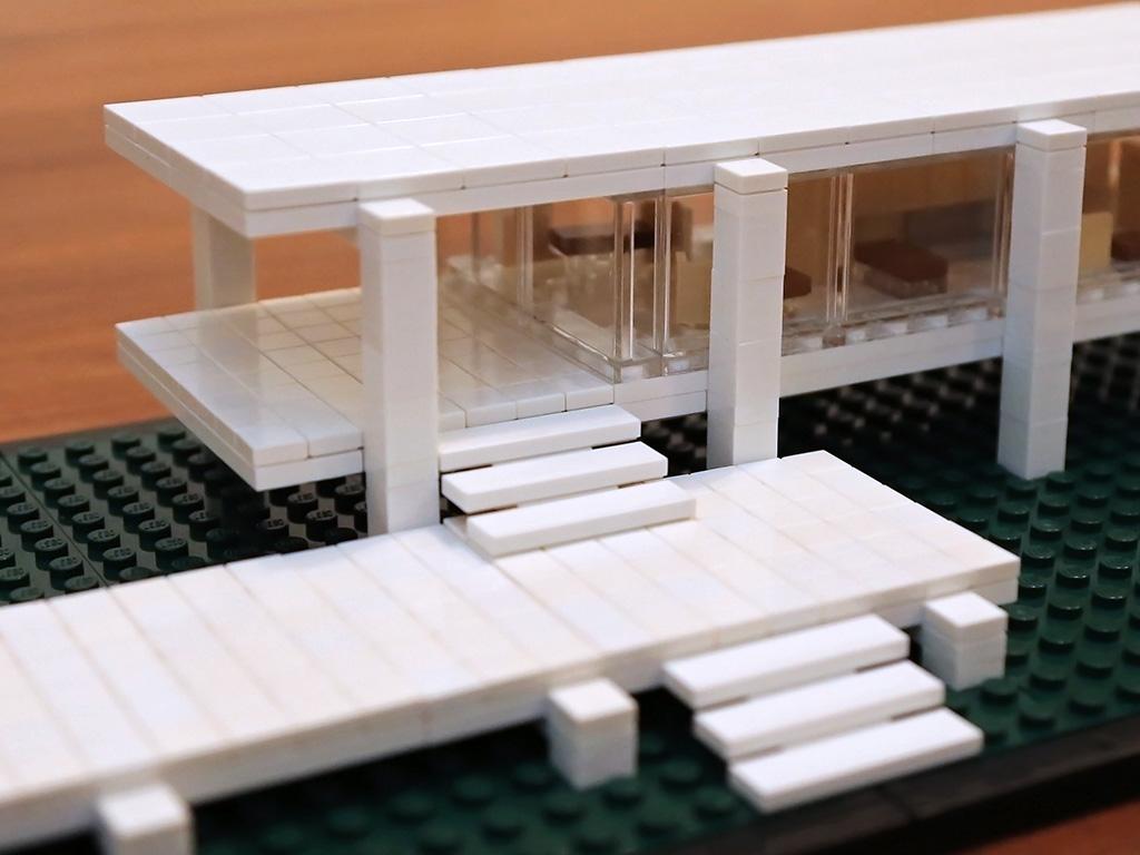 Farnsworth House | Quest for Bricks