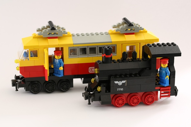 1980 LEGO passenger locomotives